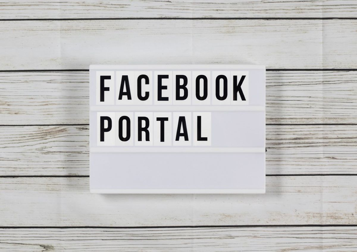 Facebook Portal in Text