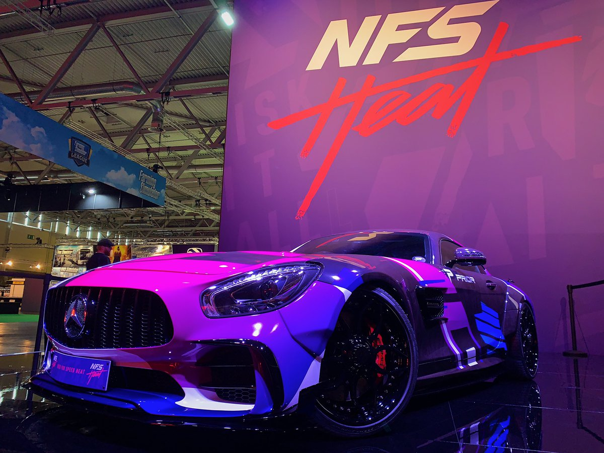 Car and banner for Need FOr Speed game